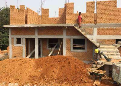 Chantier en briques de terre stabilisé